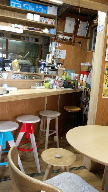 土日カフェの内観