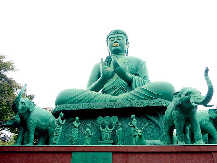 桃巌寺の名古屋大仏